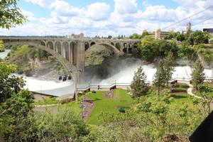 Spokane Falls and SkyRide over the falls, Spokane, Washington