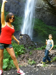 Family at Latourell Falls