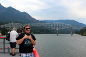 Josh and the Bridge of the Gods, Columbia Gorge Sternwheeler